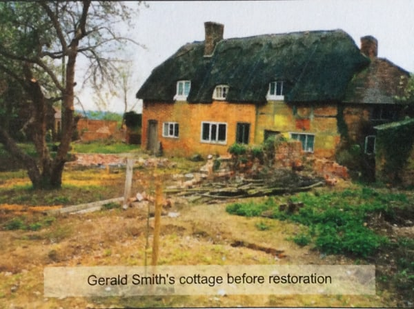 Thatched cottage before restauration